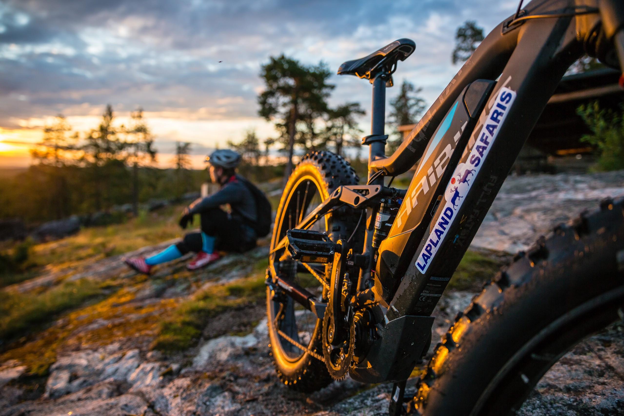 Lapland_-_E-Fatbike_16(c)LaplandSafarisNorthOy.jpg